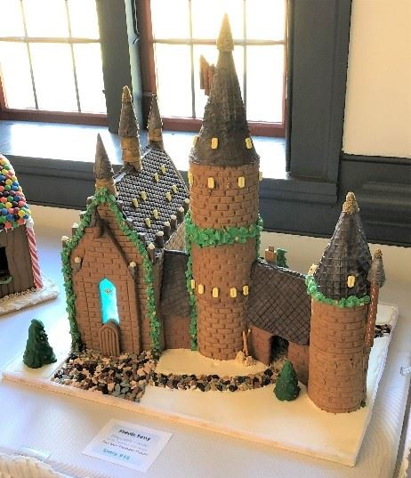 McClain-Hosman Family Hogwarts Castle Gingerbread House